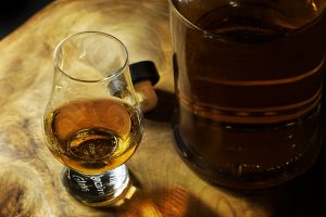 Whiskey drink 300x200 - Sulfates in Whisky