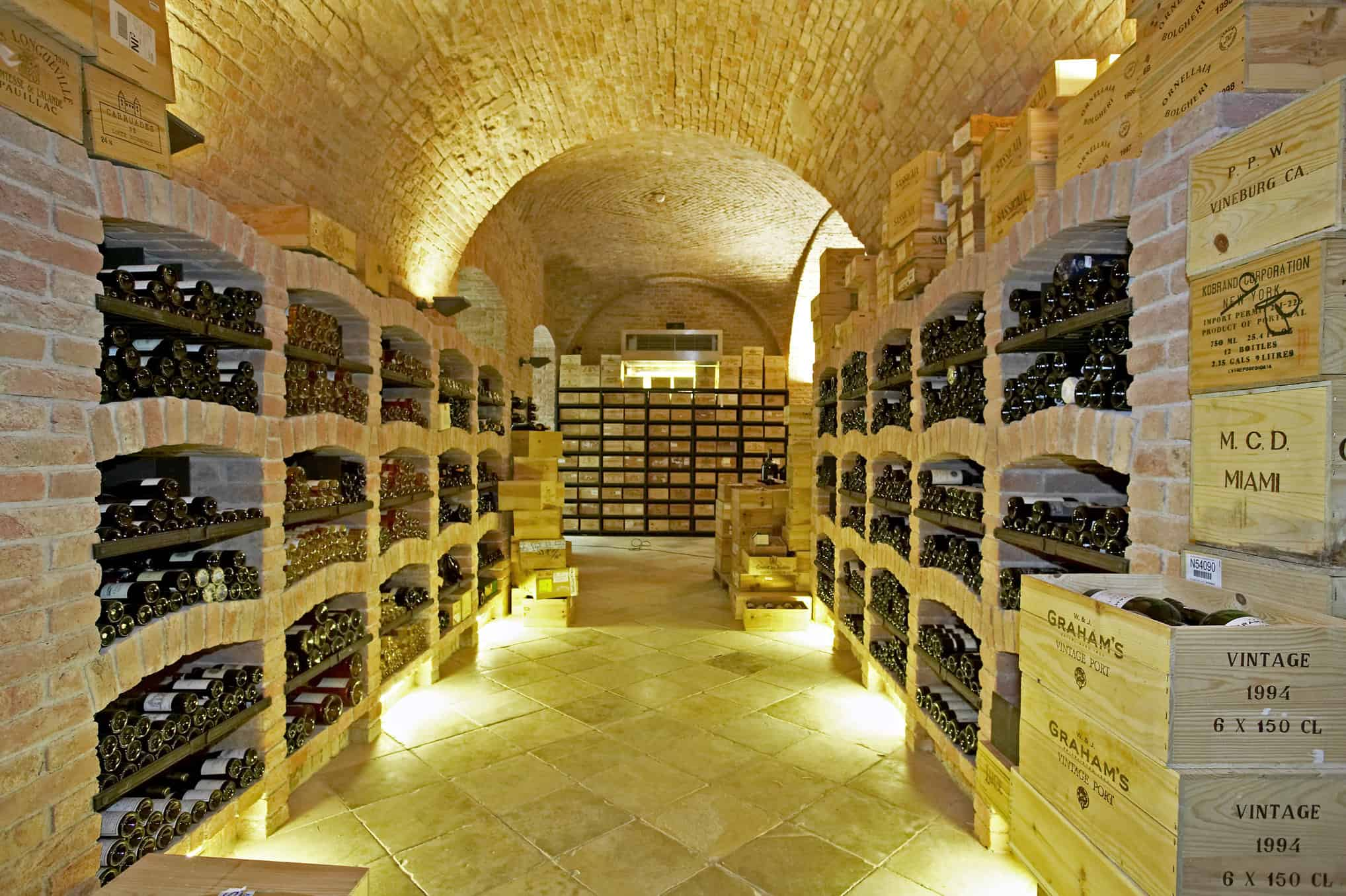 The gentleman 39 s cellar ideal cellar conditions the for Cost to build a wine cellar