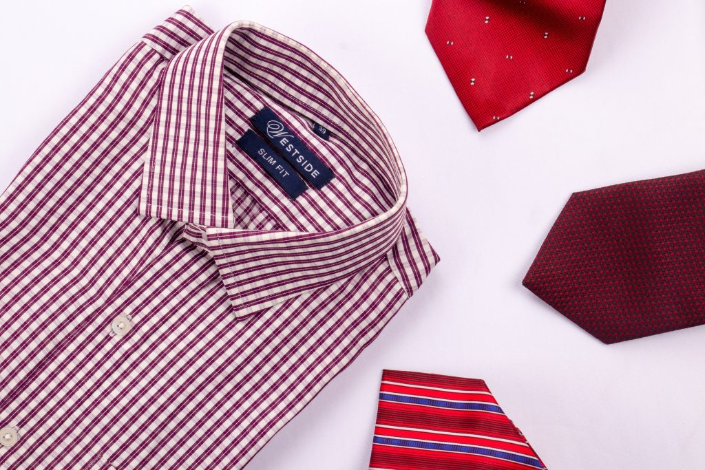 Dress shirts 1024x683 - How to Look the Part in Your Workplace
