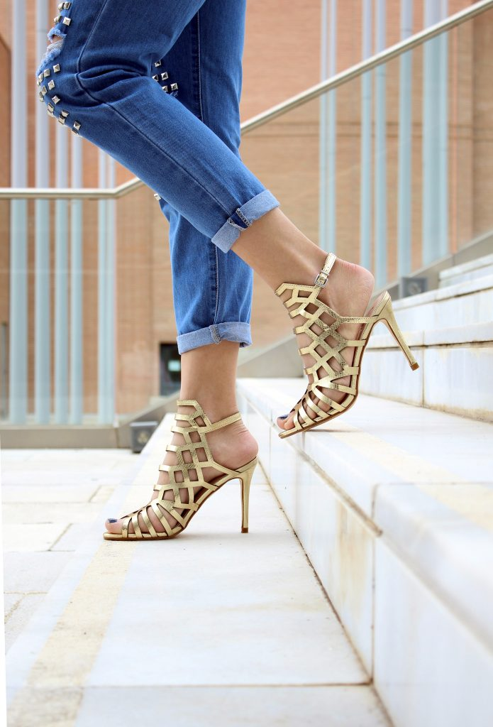 high heel stilettos 695x1024 - Buying Shoes For The Woman In Your Life