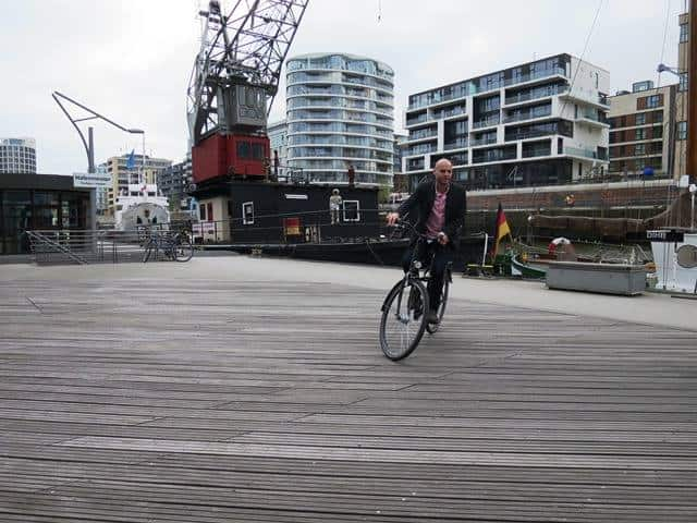 Hamburg Bike - Three Workation Hacks for the Location Independent
