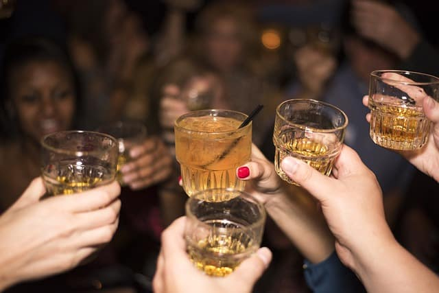 alcohol 492871 640 - Cut Out All Your Bad Habits With This Brilliant Advice