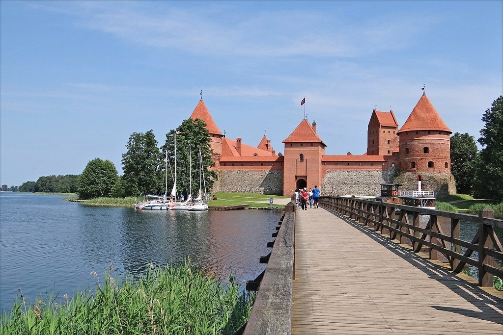 s 1024x683 - Walk the Medieval Towns of Lithuania