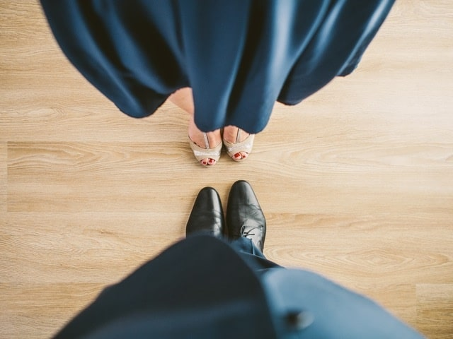 suit couple blue shoes 2 - Is It a Good Choice for Professional Singles Using Dating Sites?