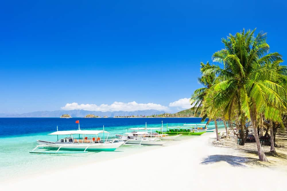 aspiringgentlemancom boracay island1 5767d1254bfe0 - 5 Best Beaches In The Philippines You Will Love