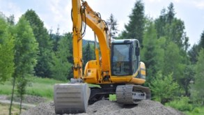 How to Get the Best Deals When Buying an Excavator from an Auction