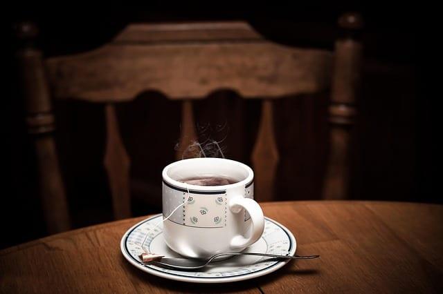 tea 1090672 640 - 5 Tips & Habits to Create the Healthiest Sleep Routine