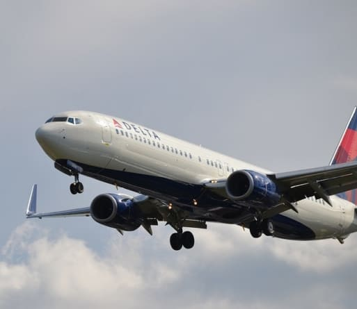 Yes You Can: Book a Last Minute Flight and Still Save Big Bucks
