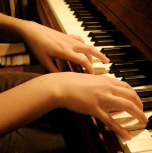 Easy tips to improve your piano playing skills
