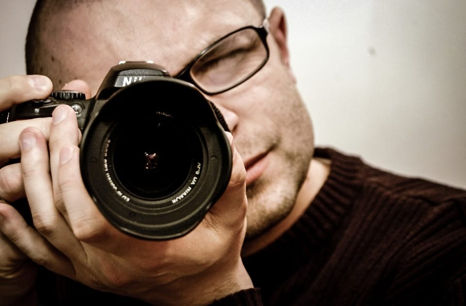 cameraman - 5 things a personal photographer should offer you