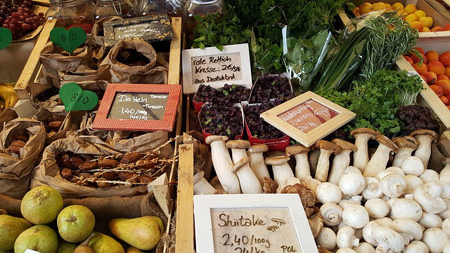 farmers local market 1547315 640 - Opt for Quality with Artisan Food Products