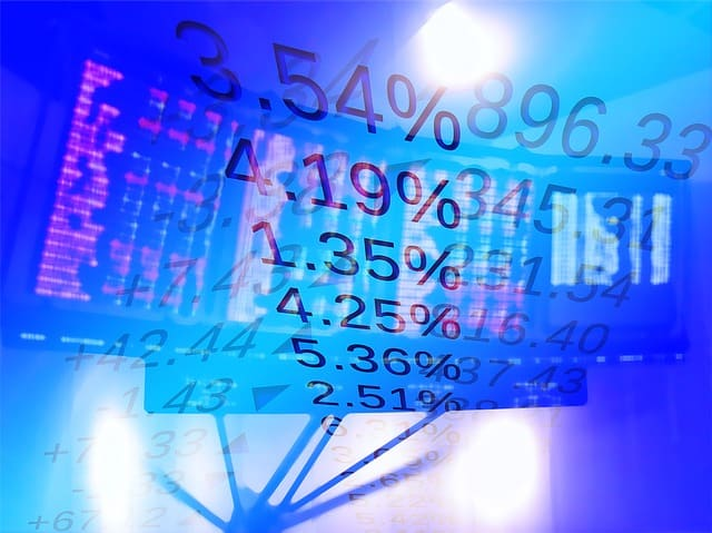 stock exchange 1222518 640 - 5 Beginner Tips For Buying Equities