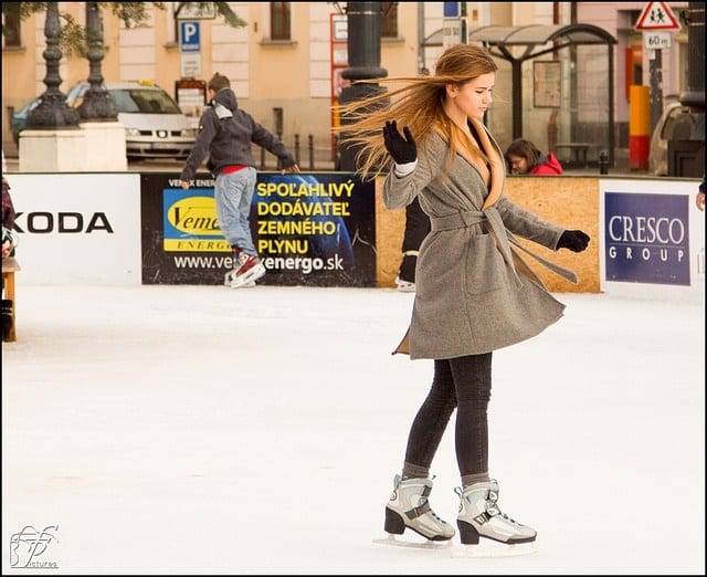ice skating 235541 640 - Romantic Winter Date Ideas Your Sweetheart Will Adore