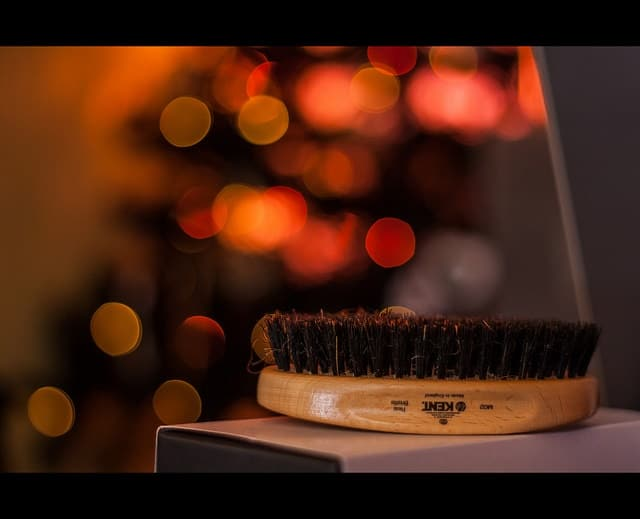 15952994155 5216b0b711 z - The Must-Have Grooming Tools For Xmas