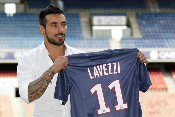 7496914424 2a86cb37e0 z - The Best Paid in the World is Lavezzi!