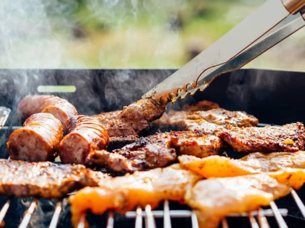 Flame Thrilled: Throw the Perfect Barbecue This Year