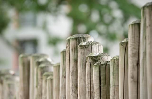 fence 470221 640 - 10 Tops Tips For Starting A Garden