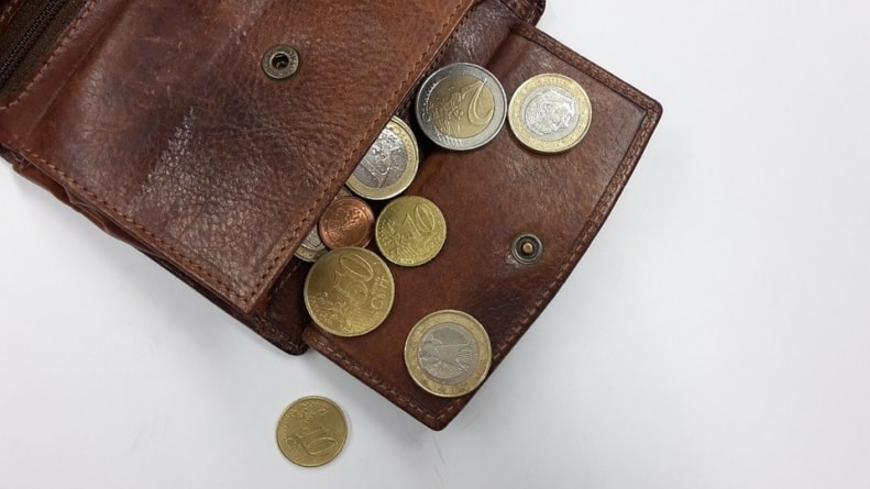 The Traveler's Coin Purse: Smart Money For People Who Love To Roam