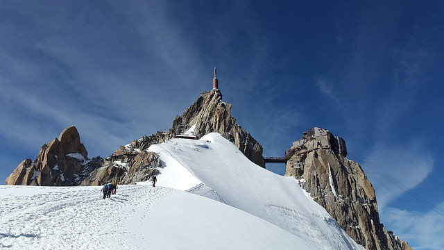 aiguille du midi 1602756 640 - 5 Classic Manly Hobbies You Can Try in 2017