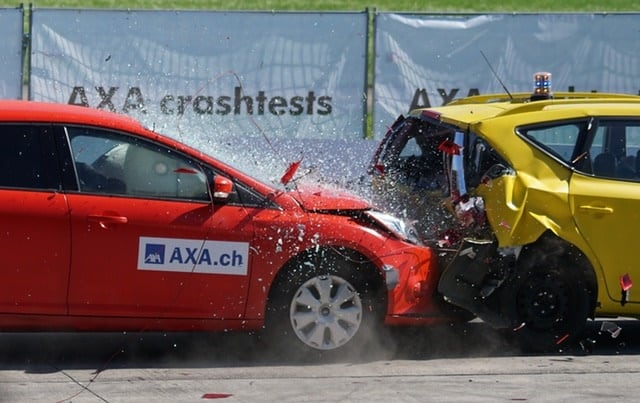 crash test collision 60 km h distraction 163016 - The Dangers Of Road Rage