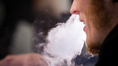 More Gentlemen Than Ever Are Aspiring to Vaping