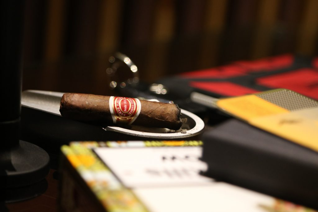 nguyen pham 9tRTJwxSoKI unsplash 1024x683 - Classic Cigars and Innovative Blends