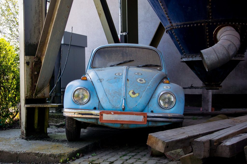 vw beetle 2214442 1920 1024x683 - 10 Cars That Brought Retro Back