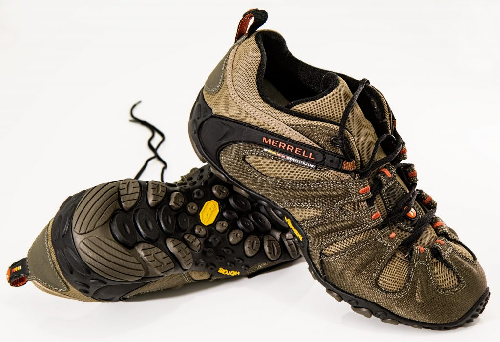 Hiking shoes 1024x701 - How to Choose the Right Hiking Shoes