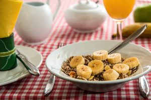 cereal 898073 1920 300x200 - 8 Ways to Snack Smarter and Healthier