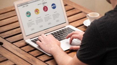Attention Aspiring Entrepreneurs: These Are The 10 Things You Need  For Your Website