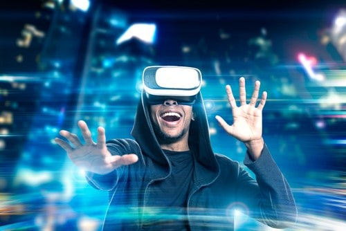3 Ways Immersive VR Experiences Are Going Mainstream