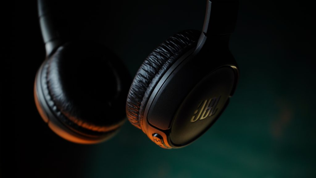 JBL Headphones 1024x576 - What Makes High Fidelity Audiophile Headphones?