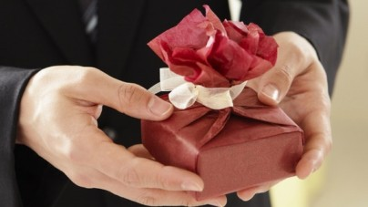 Getting Expensive Gifts Does Not Have to Be Expensive