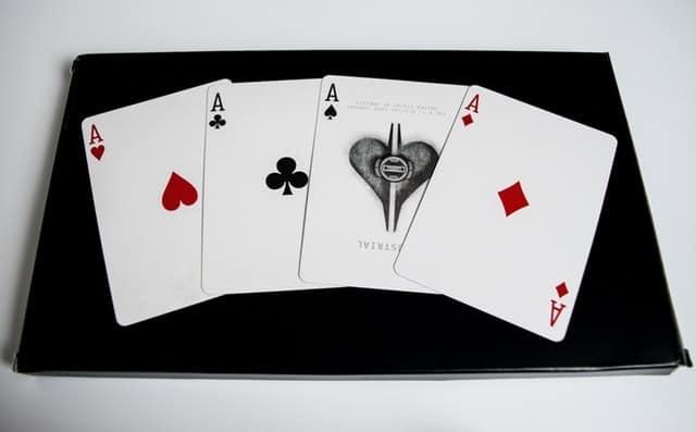 Top 5 Mobile Casino Games for Real Gentlemen