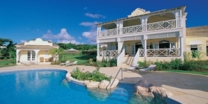 Top Tourist Attractions You Can Find Near Luxury Villa Rentals in Barbados