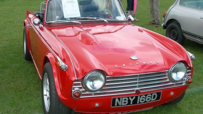Things to Consider When Buying a Vintage Car Online