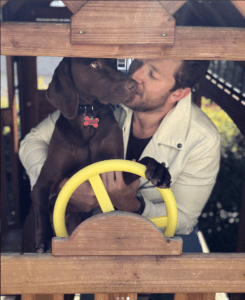 Brett Eldredges dog 245x300 - Brett Eldredge - The Ultimate Gentleman