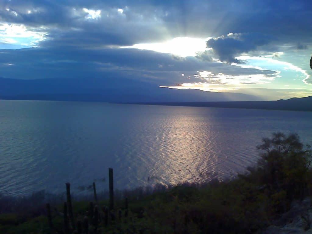 Lake Enriquillo The Dominican Republic 1024x768 - Vacationing in the Dominican Republic