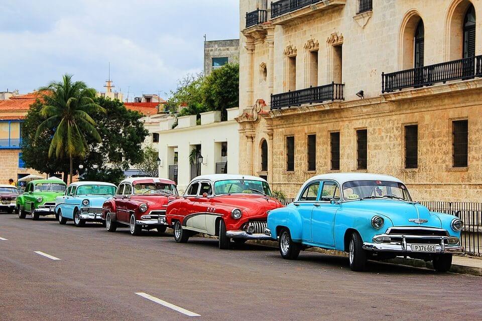 classic American cars in cuba 1 - Cuba: Bridging a Cultural Embargo