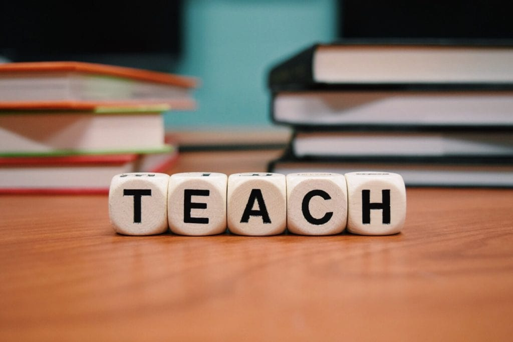 teaching 1024x683 - Improving Your Teaching Skills In 3 Easy Steps
