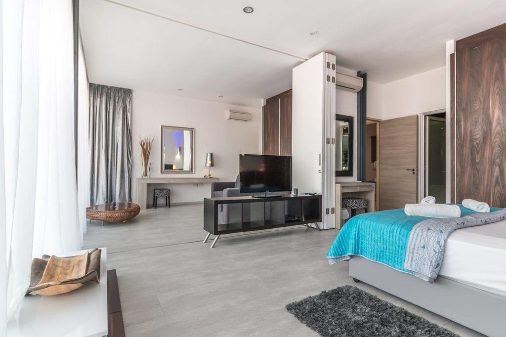 Main floor bedroom 1024x682 - 5 Tips to renovating your home in 2018