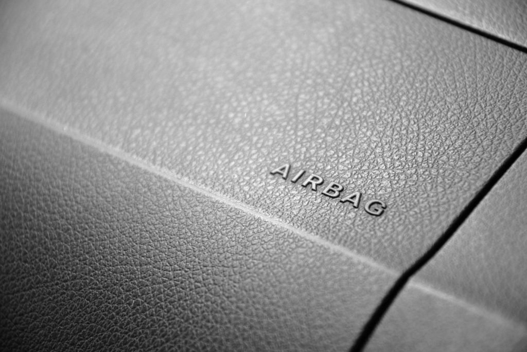 airbags for car safety 1024x685 - 3 Features to Watch for When Choosing Your Next Vehicle