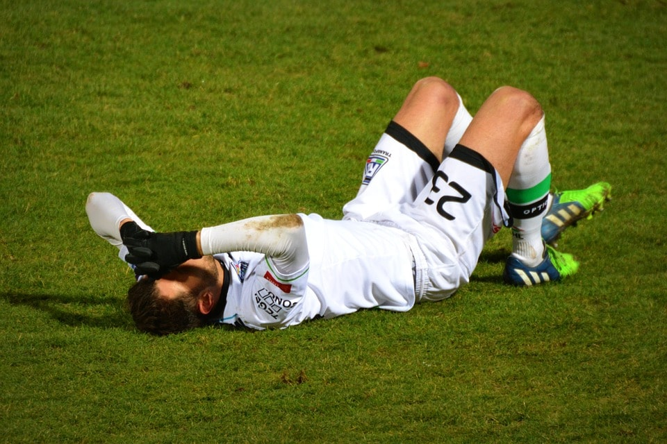 Treatment for Injuries - 5 Essential Habits of Highly Successful Athletes