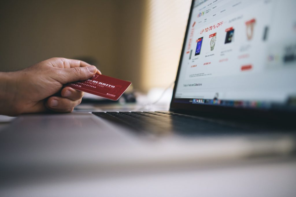 debit card purchase 1024x683 - 5 Types of e-Shoppers You'll Come Across