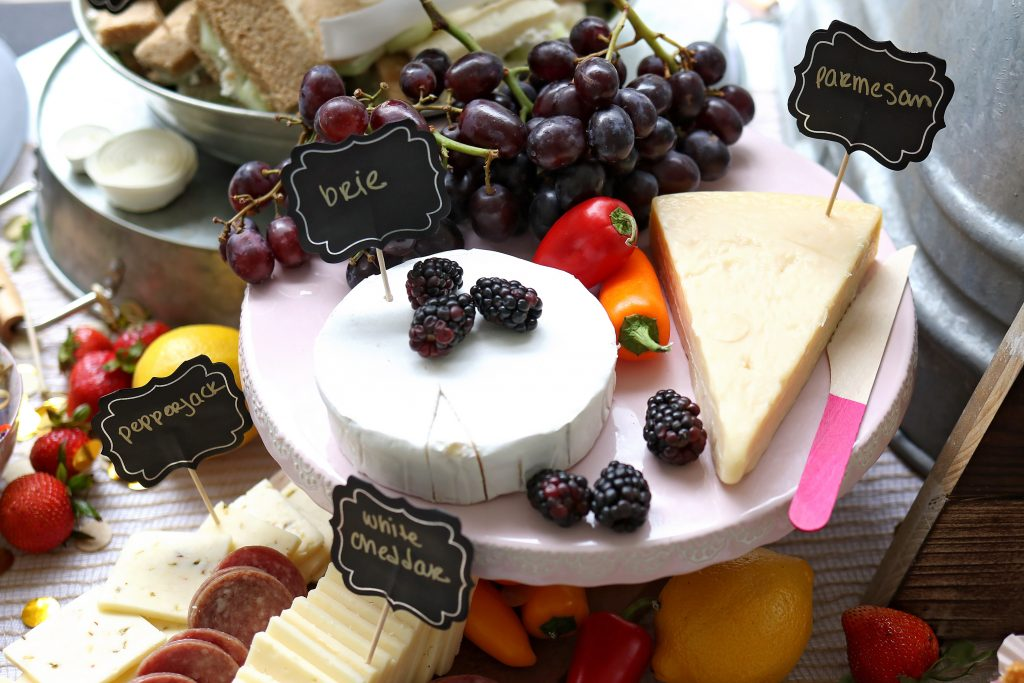 Chees Plate 1024x683 - Best Holiday Gift Ideas