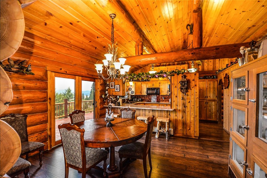 Log Cabin Home 1024x684 - 5 Tips Before Building a Log Cabin