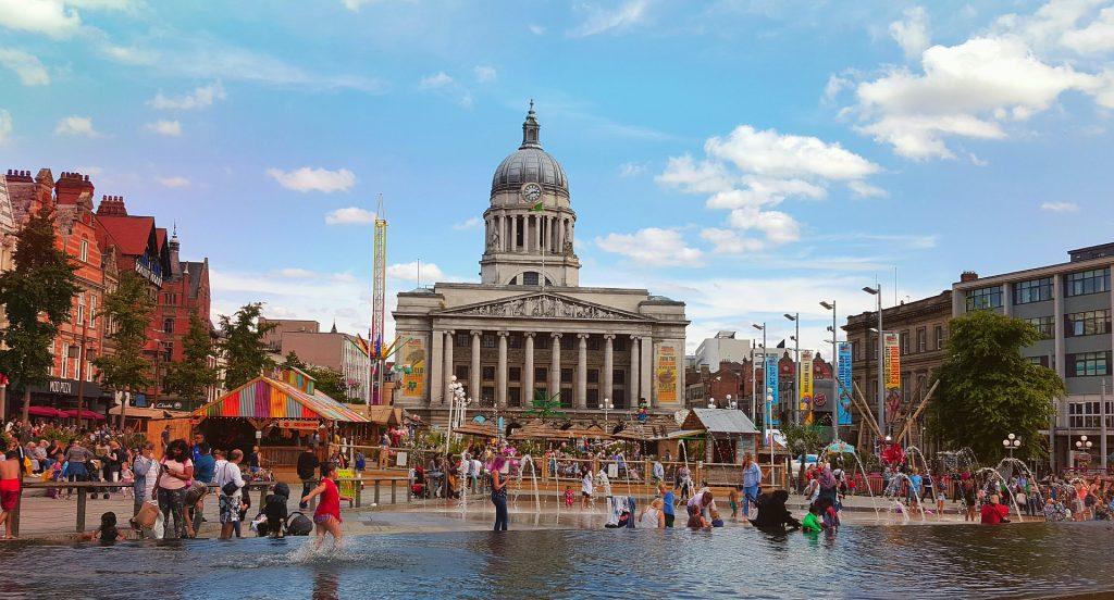 Nottingham Shopping 1024x552 - 5 Benefits of Moving to Nottingham
