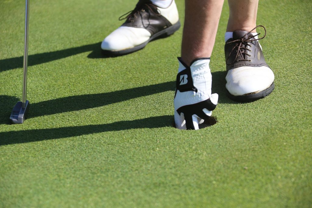 golf shoes 1024x683 - Style Trends on the Golf Course