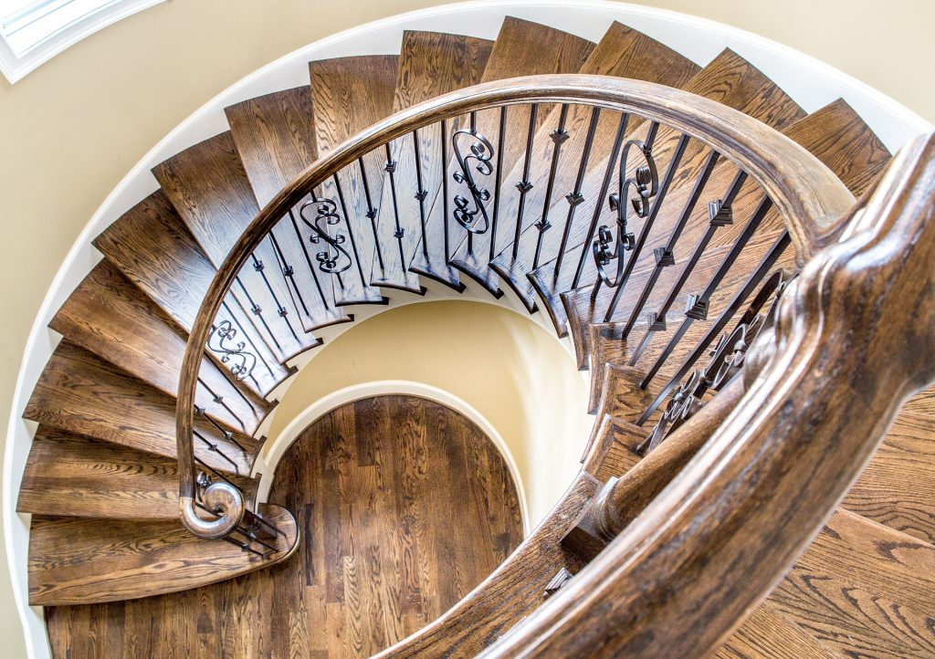 Grand Staircase  1024x722 - Thinking About A Luxury Home