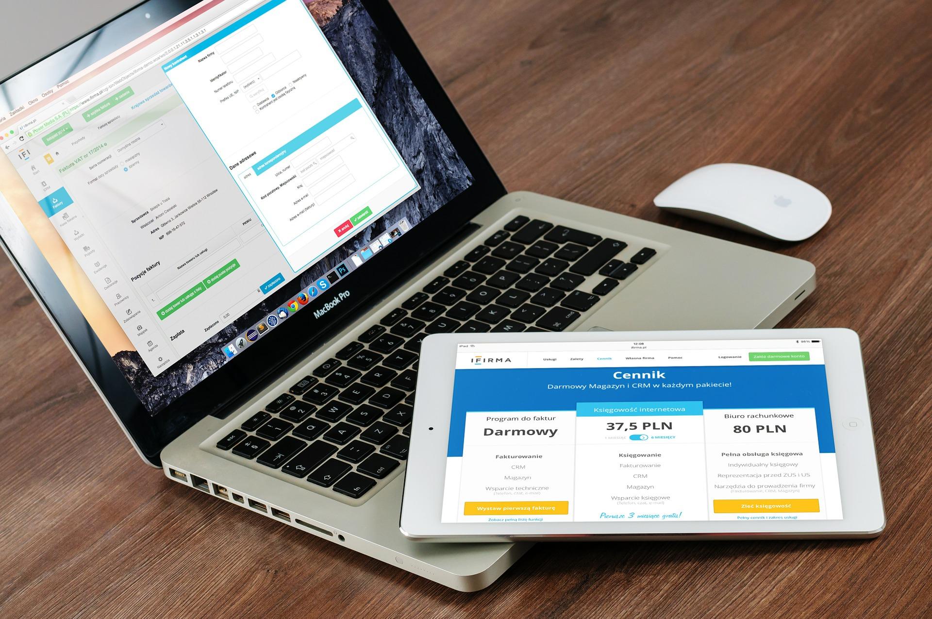 Website using Templates